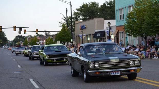 classic cars cruise